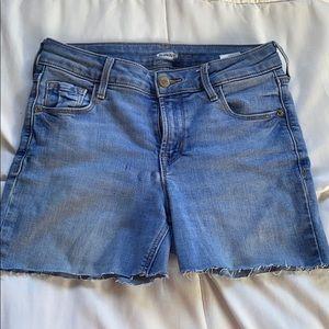 A light blue denim shorts